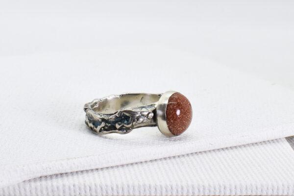 Inel din argint si piatra soarelui
