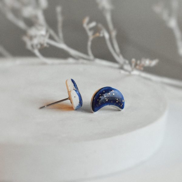 """Cercei asimetrici din ceramica pictata cu aur """"Luna"""""""
