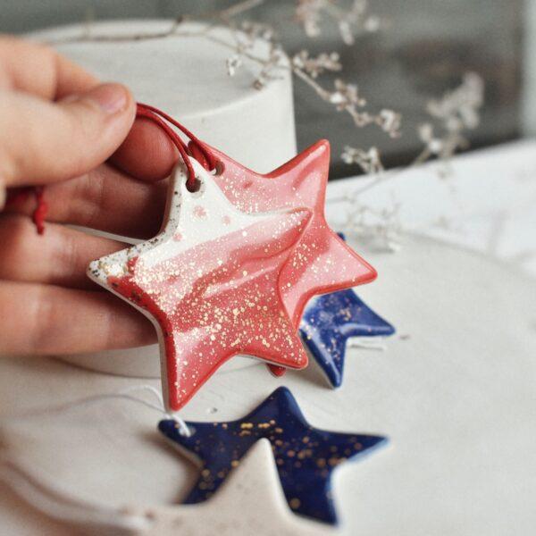 """Ornament din ceramica """"Steluta"""" Mica (mai multe culori)"""