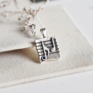 "Pandantiv ""Music"" cu zirconiu albastru"